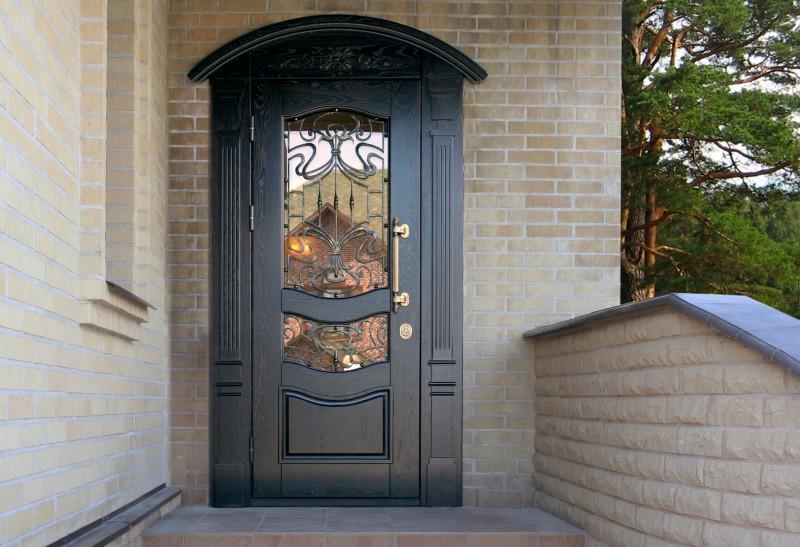 металические входные двери для загородного дома